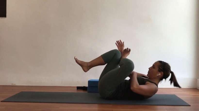 Kasyapasana: posture dedicated to the sage Kasyapa